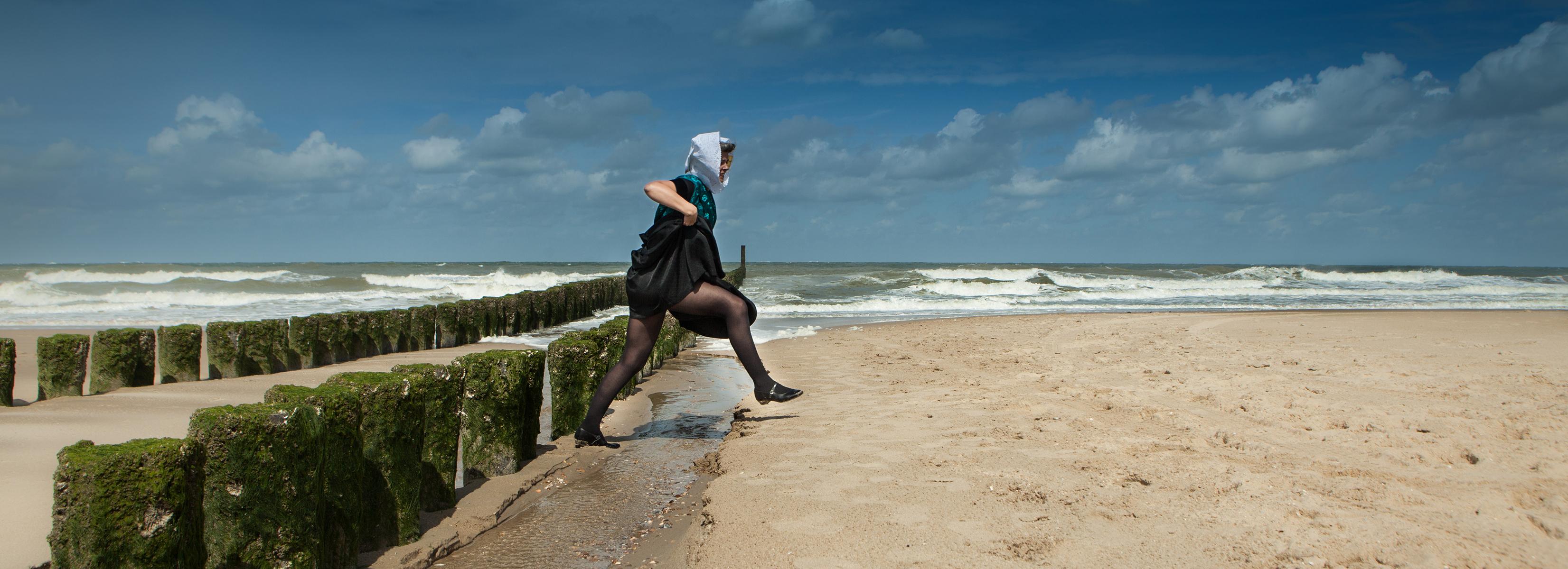 portret van een zeeuws meisje - Bill de Kimpe