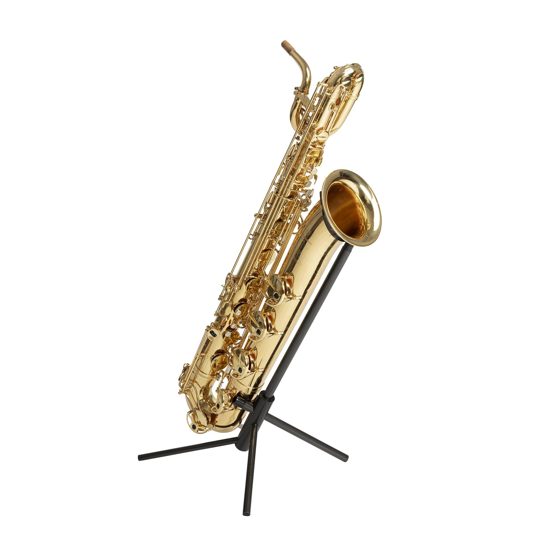 WoodWindDesign Baritone Saxephone op standaard-Bill de Kimpe